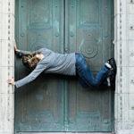 Woman blocking door when served divorce papers